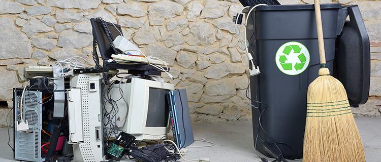 まとめ|使えなくなったパソコンも無料で回収してくれる!