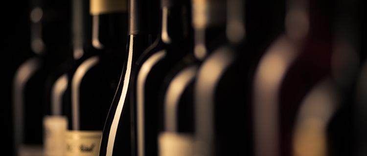 高級酒の空き瓶